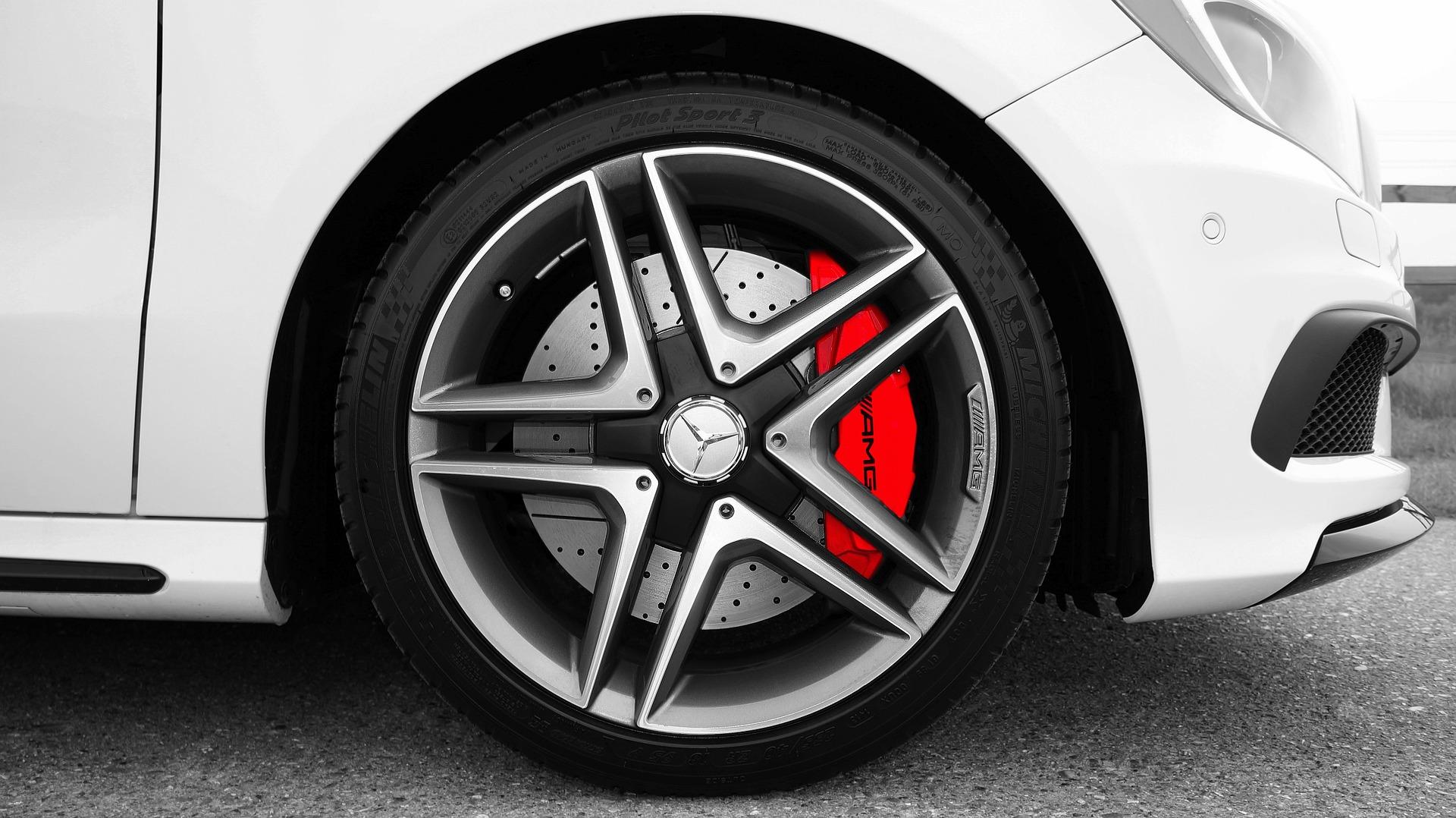 Stabdžių sistemos gedimų remontas būtinas saugiam vairavimui